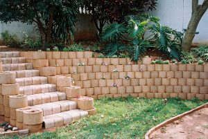 IC Paving and Walling cc Retaining-Walls1-300x201