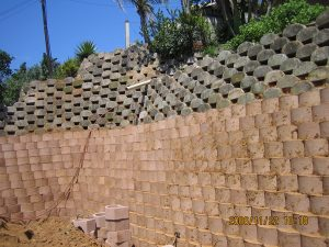 IC Paving and Walling cc Retaining-Walls14-300x225
