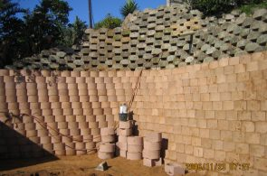IC Paving and Walling cc Retaining-Walls15-295x195