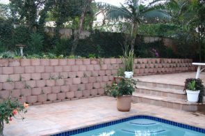 IC Paving and Walling cc Retaining-Walls17-295x195