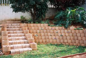 IC Paving and Walling cc Retaining-Walls2-300x201
