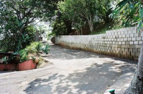 IC Paving and Walling cc Retaining-Walls5-295x195