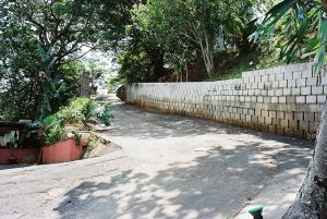 IC Paving and Walling cc Retaining-Walls5-300x201